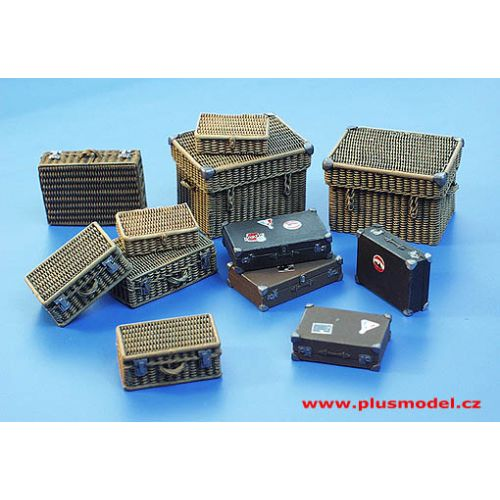 Plastbyggesett, Suitcase set 1/35, PLM113